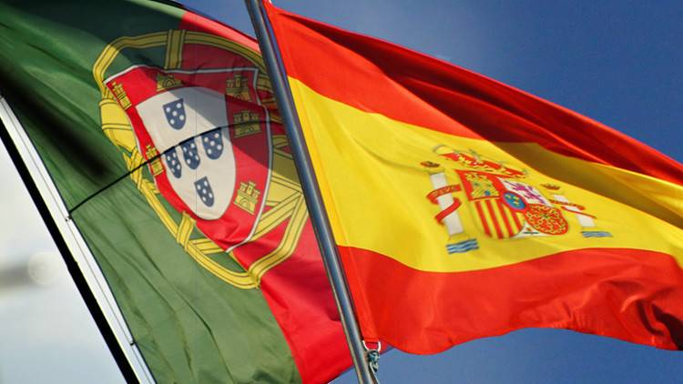 Methodological Strategies of a Comparison: Studying Democratic Outcomes in Portugal and Spain